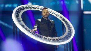 circular piano